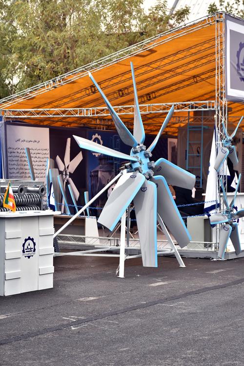 کولینگ تاور در نمایشگاه تاسیسات